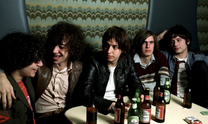 "THE STROKES: ""THE NEW ABNORMAL"" SAI EM ABRIL"