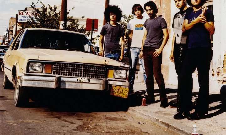 16 ANOS DEPOIS: AT THE DRIVE-IN DE VOLTA