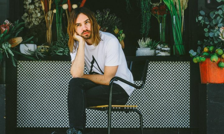TAME IMPALA REVELAM SINGLE