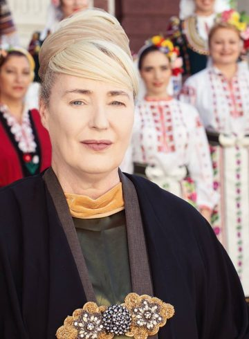 MYSTERY OF BULGARIAN VOICES & LISA GERRARD