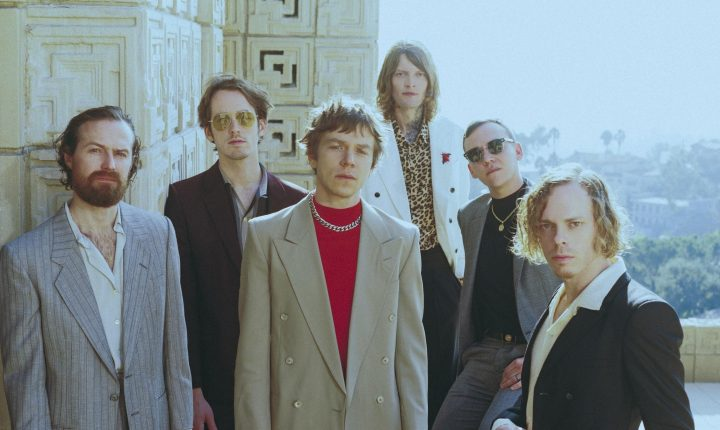 CAGE THE ELEPHANT: BIG IN U.S.A.