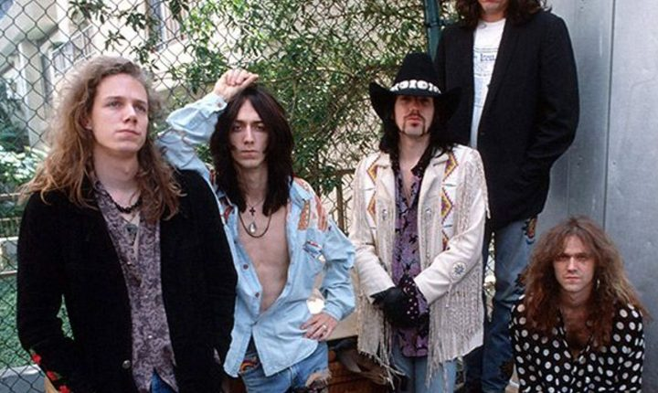 BLACK CROWES FAZEM AS PAZES