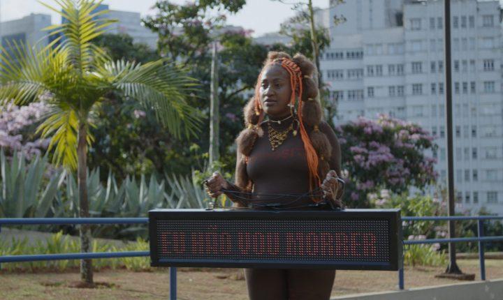 """""""Deus tem AIDS"""" vence Queer Porto"""